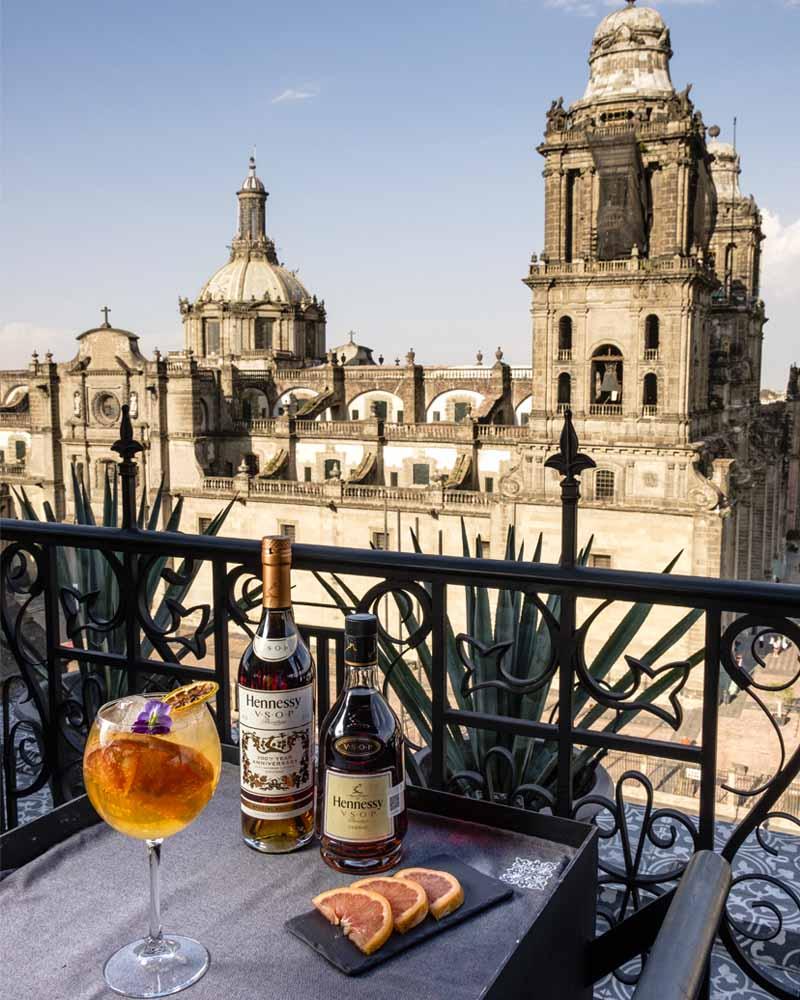 Los mejores rooftop bars para pasar el 15 de septiembre en la CDMX - balcon-del-zocalo-los-mejores-rooftops-para-pasar-el-15-de-septiembre-en-la-cdmx