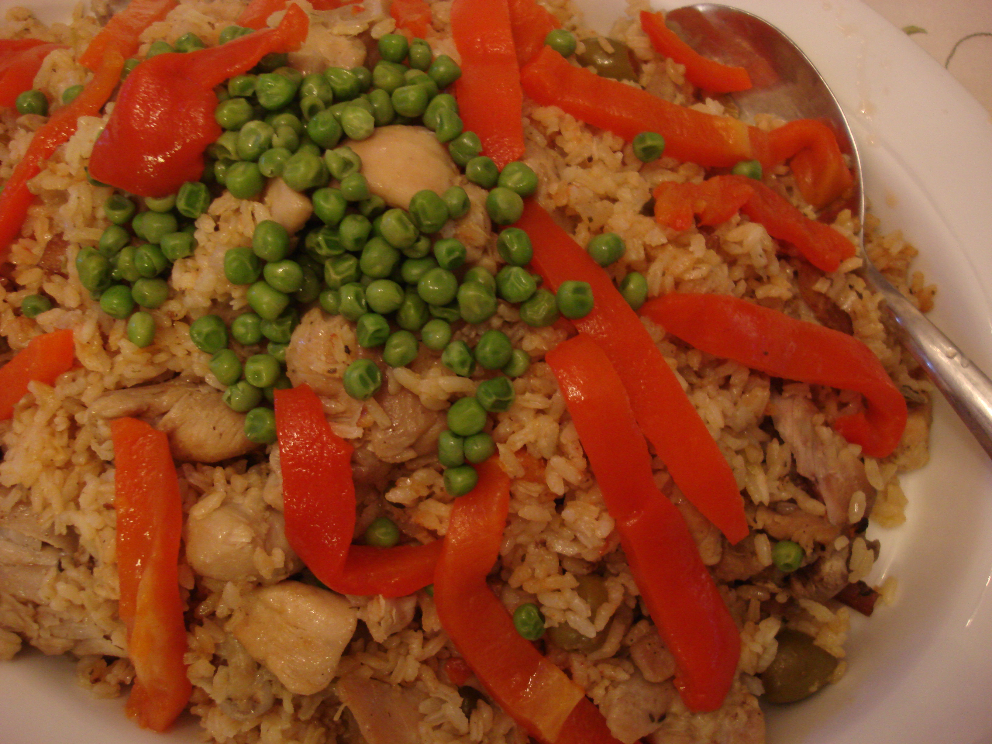 Arroz Con Pollo Clasico Puerto Rican Chicken And Rice