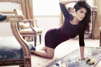 Hottest-Women-Over-40-5.-Salma-Hayek