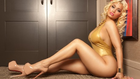 Jessica-Kylie-SMag4434_RR-460x261