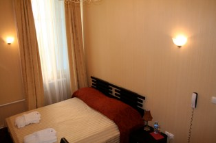 Double room: Double bed