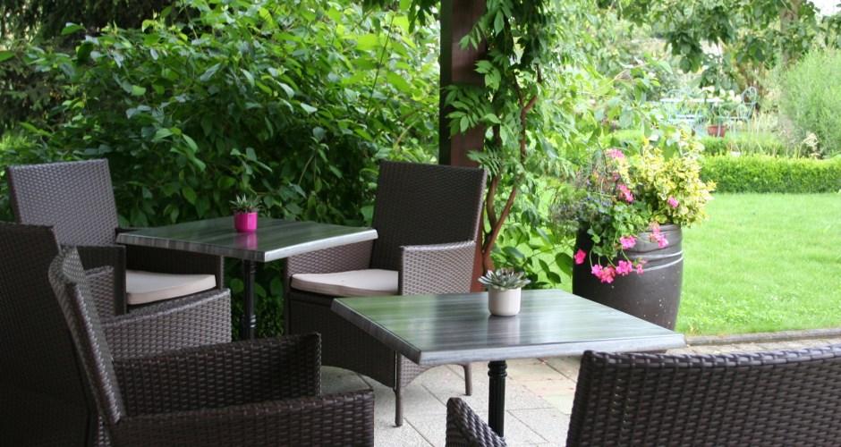 terrasse-vue-sur-jardin-hotel-au-relais-de-lill