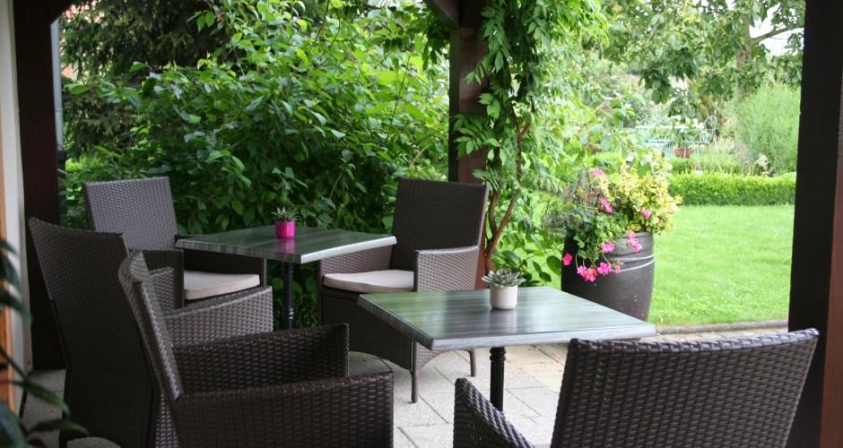 salon-terrasse-hotel-au-relais-de-l-ill