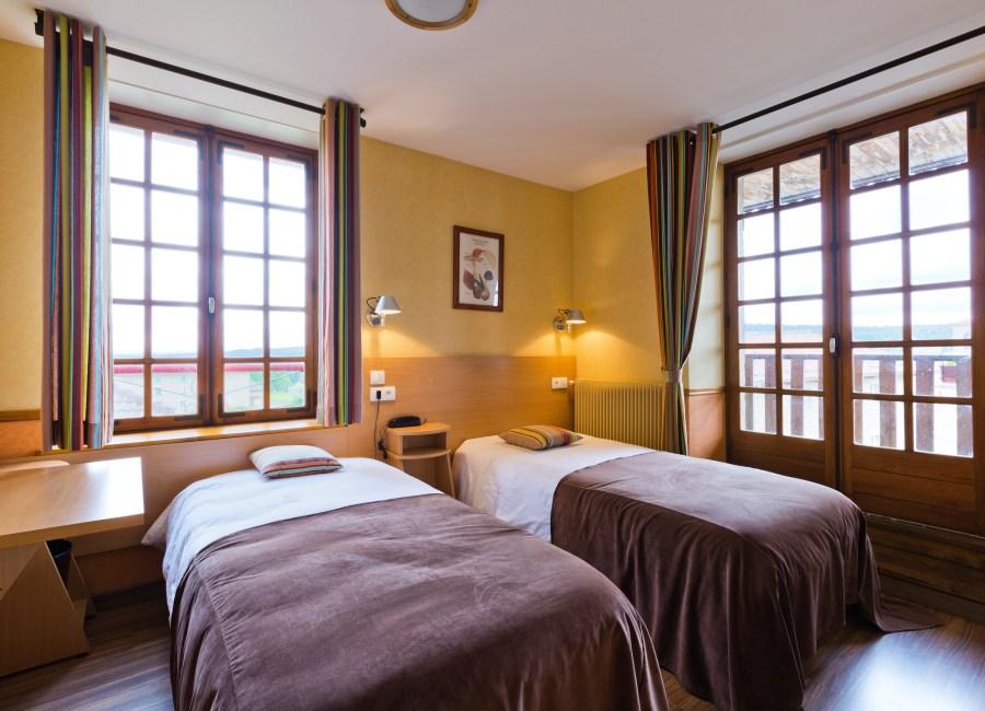 hotel, Auvergne, vacances, séjour, chambre, demie-pension, week-end
