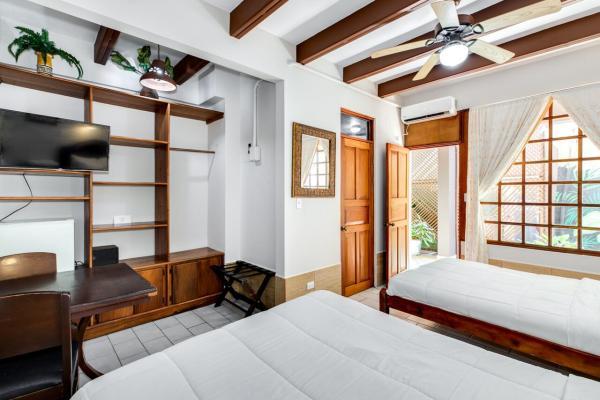 Room Poseidon