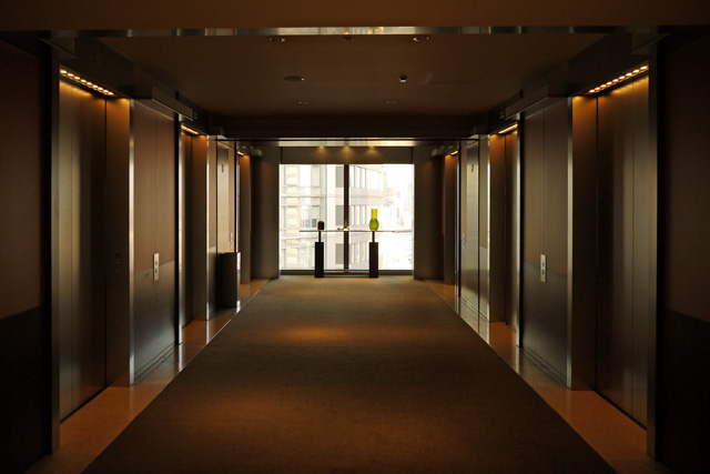 グランドハイアット東京_エレベーターホール