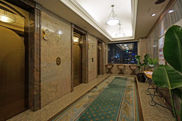 沖縄かゆりしナハ_エレベーターホール
