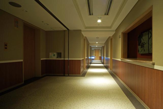 JALシティ長崎_エレベーターホール