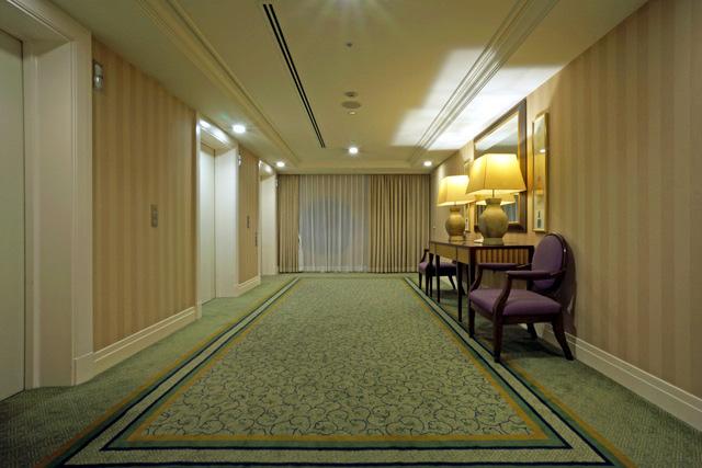 名古屋観光ホテル_エレベーターホール