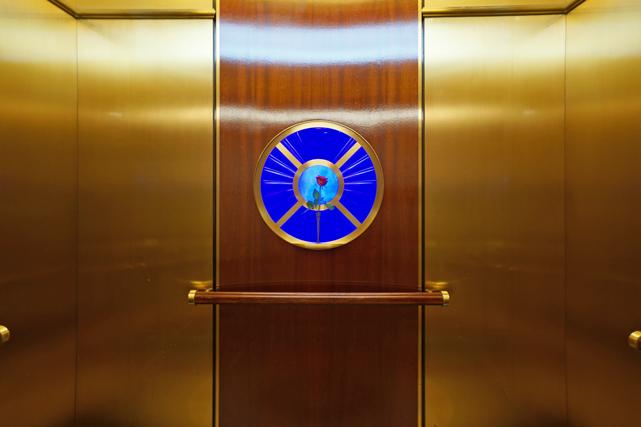 帝国ホテル大阪_客室階エレベーター内