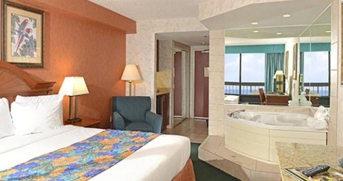 Oceanfront room with Whirlpool in The Breakers Resort Inn, Virginia Beach, VA