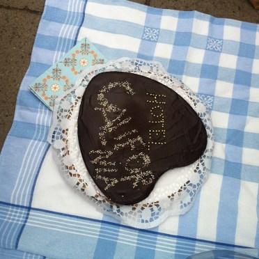 Leckere –und wunderschöne –Kuchenpause …fast zu schade zum anschneiden