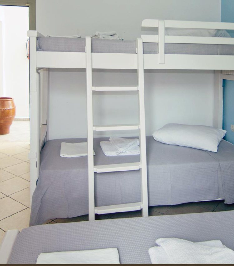 hotel chrisoula antiparos triple room