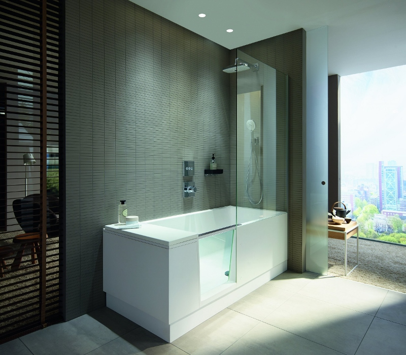 Walk In Shower And Bath Sets High Standards Of Comfort In Small Bathrooms Hotel Designs