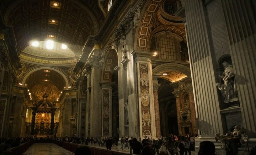 Imagem interna do Vaticano