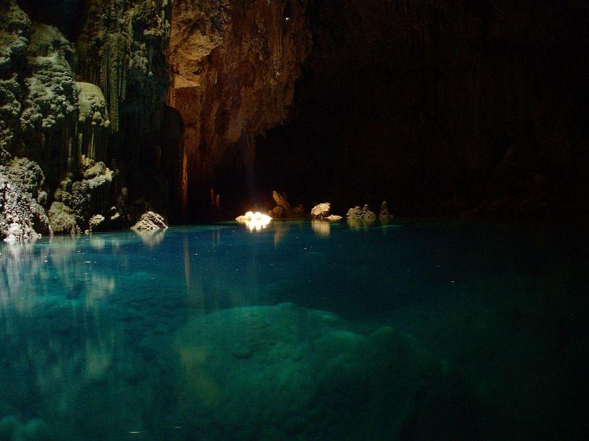 imagem de água cristalina