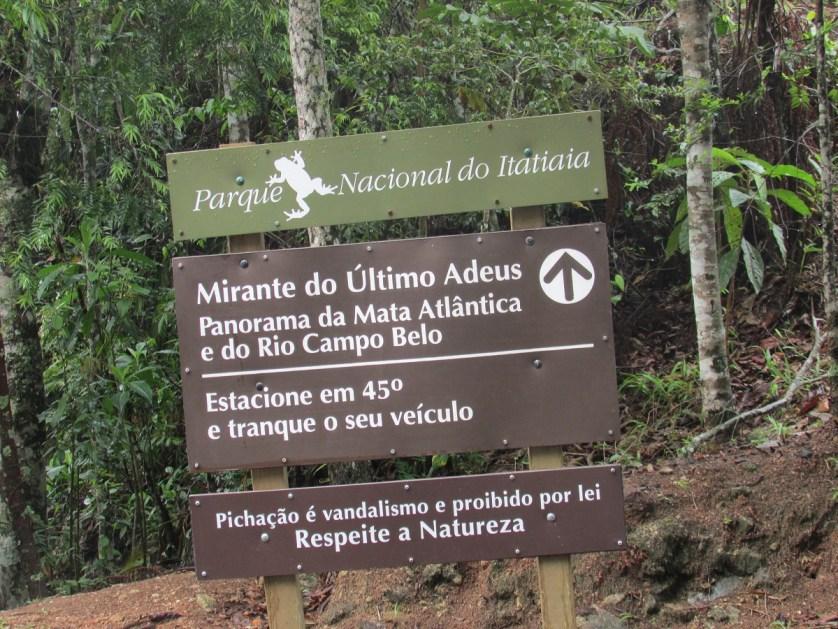 imagem de placa de informação