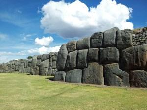 imagem-de-pedras-antigas