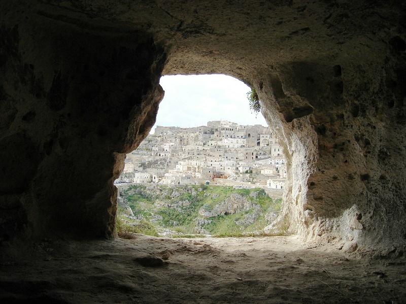 imagem-de-caverna-itália
