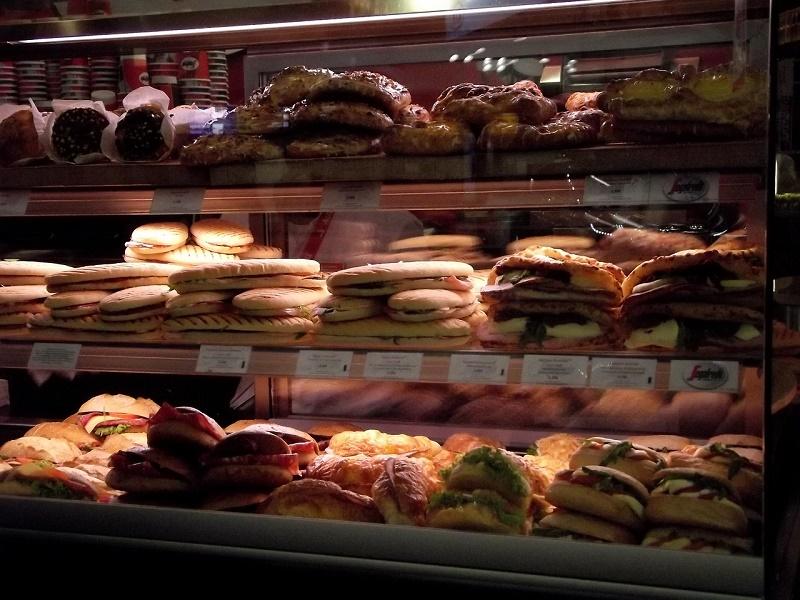 Portugal. Onde comer o Pastel de Belém? Lisboa é a melhor opção.