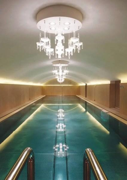 Renfermant la plus grande piscine intérieure de la ville (20 mètres), le spa est déjà une référence pour les Viennois qui apprécient également ses soins à base de pépins de raisins signés Vinoble.