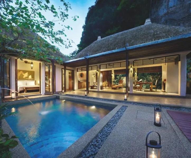 Les villas disposent toutes d'une petite piscine alimentée chaque jour par de l'eau thermale.
