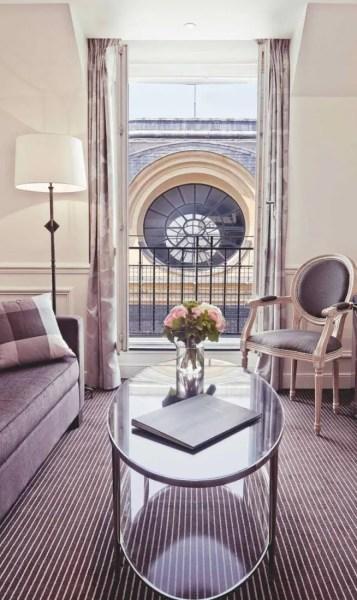 74-grand-hotel-du-palais-royal-paris_07