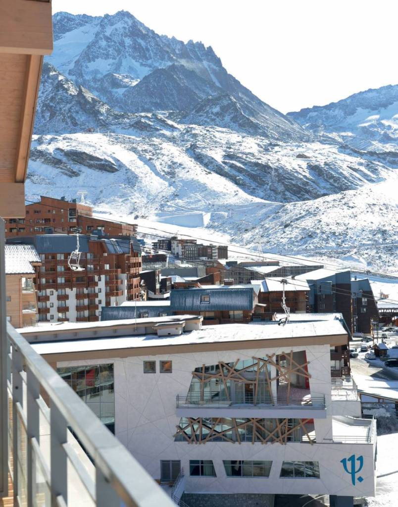 81-CLUB-MED-VAL-THORENS-3_Page_1_Image_0002