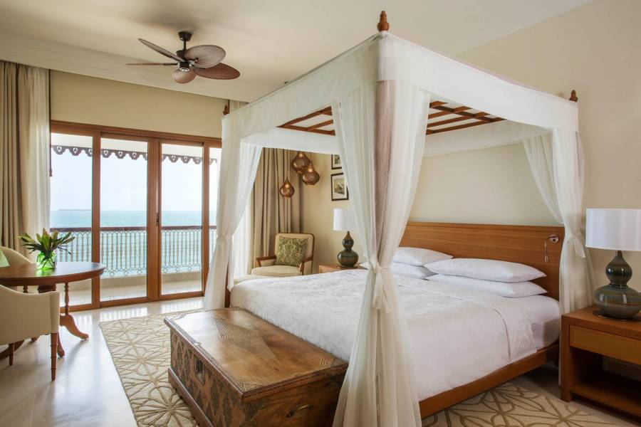 Park_Suite_King_Bedroom