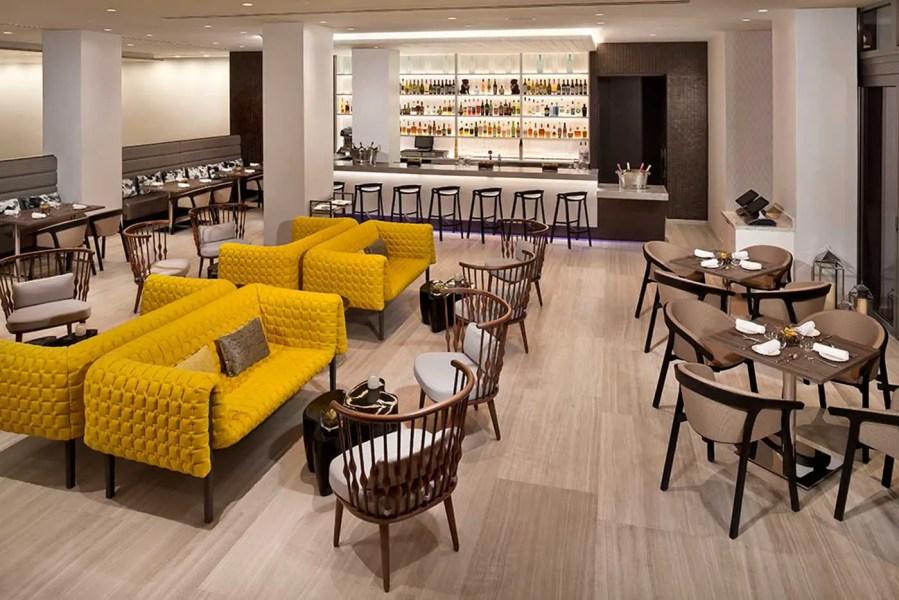 InnsideNewYork-Lobby-Bar