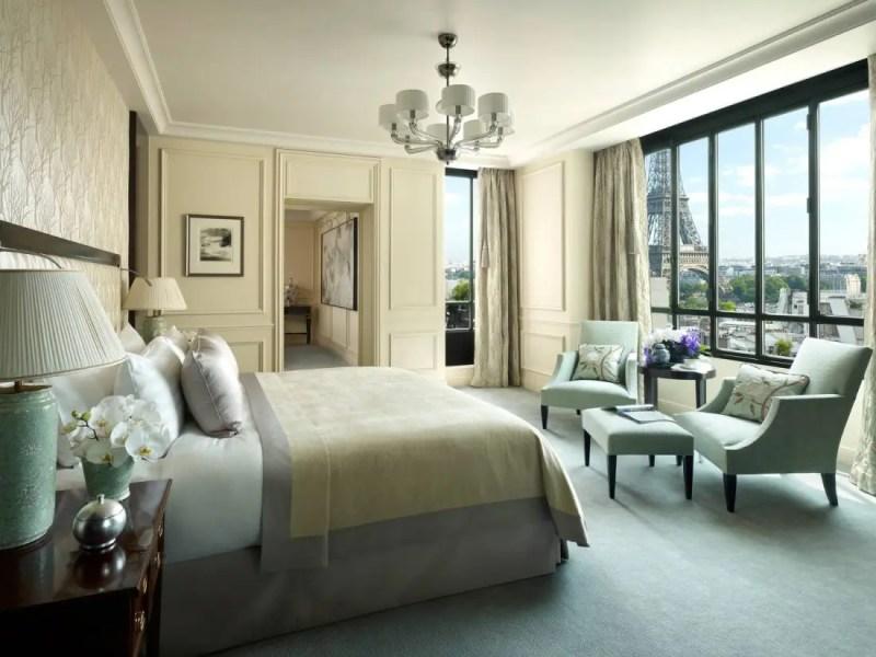 chambre-suite-chaillot-shangri-la-hotel-paris