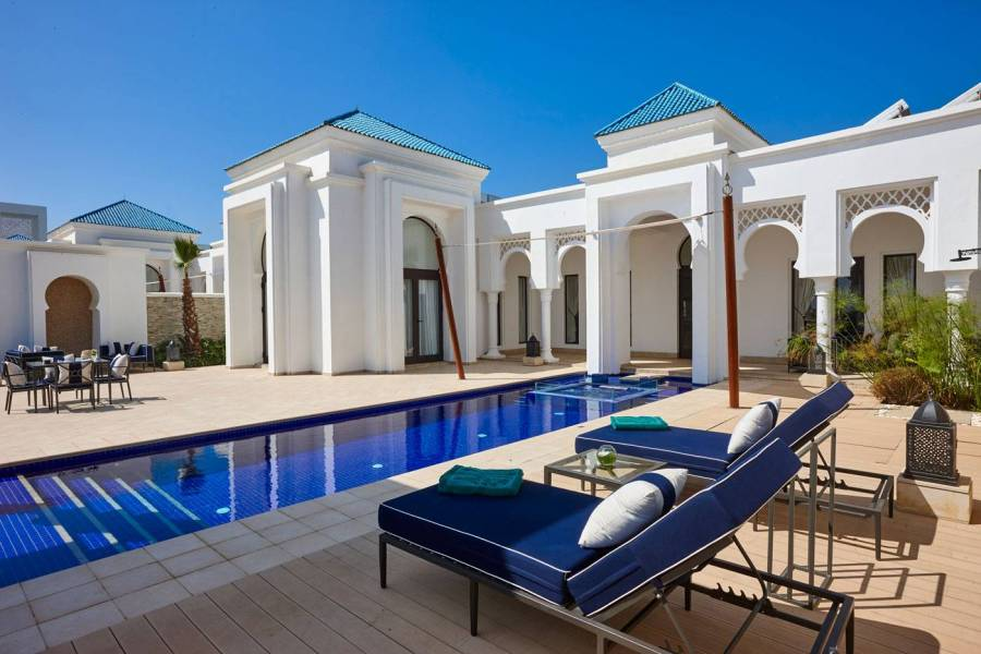 10--Two-Bedroom-Pool-Villa-Terrace