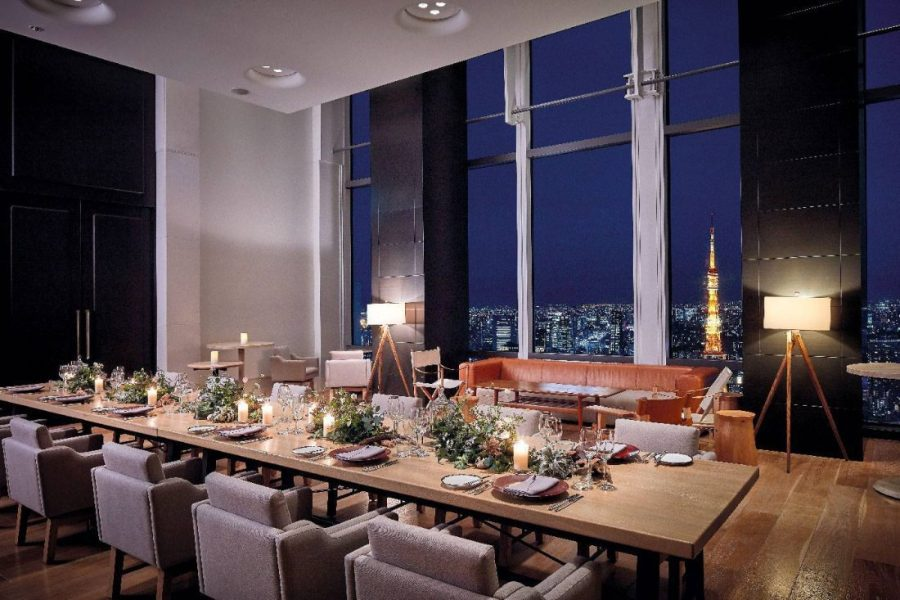 Andaz-Tokyo-Chefs-Studio-Table-Setting-Nighttime-copie