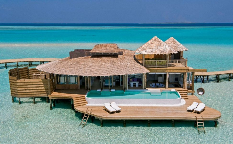 •-007-SJ-1_Bedroom_Overwater_Villa_Exterior_1_by_Richard_Waite-copie