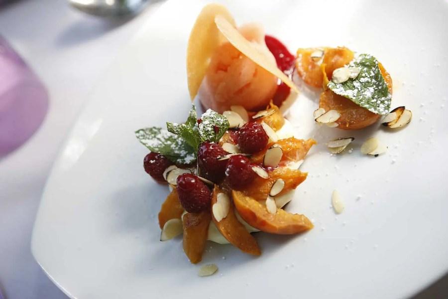 020--restaurant-le-patio---htel-la-prouse_5475645405_o