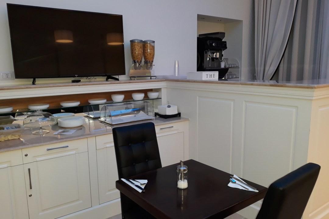 Hotel Giuggioli Breakfast Room