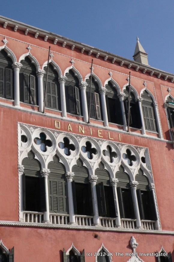 Facade (Palazzo Dandolo wing)