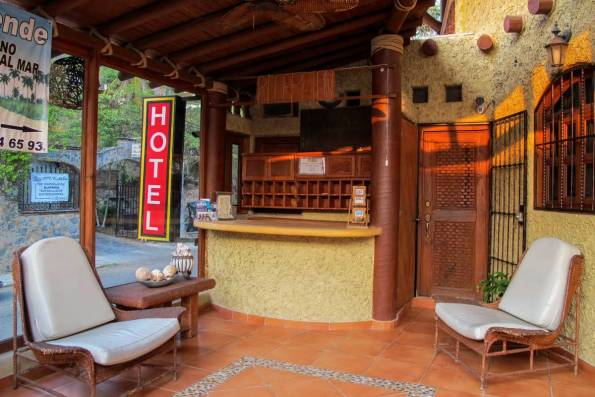 Hotel Villas Las Azucenas (42)