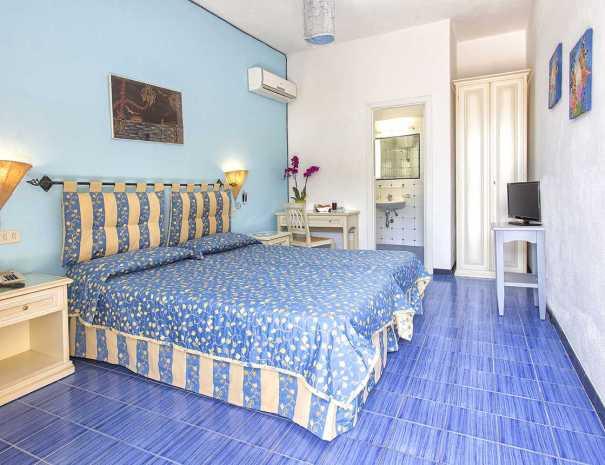 Camere_Hotel_La_Scogliera_Ischia (7)