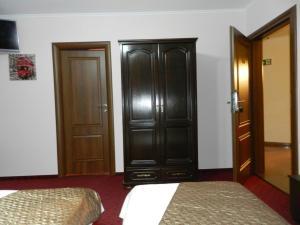 hotel marinii, bucharest (79)