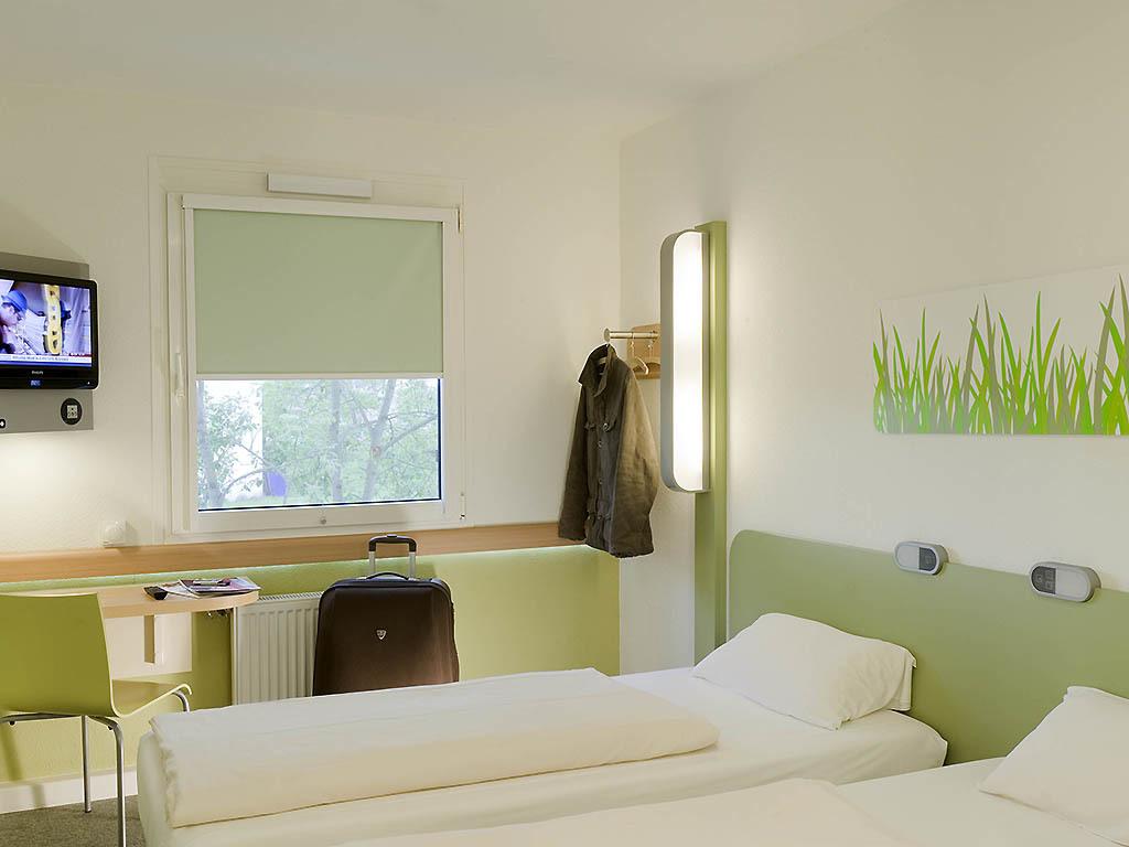 Hotel Ibis Budget Marseille Est Saint Menet