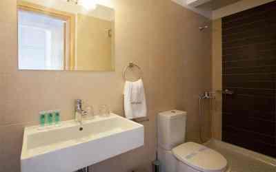 panoram triple bathroom