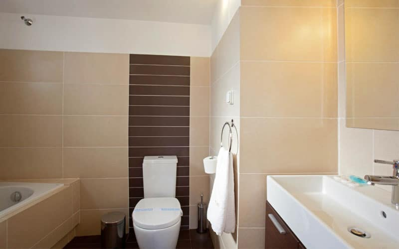 panorama family bathroom