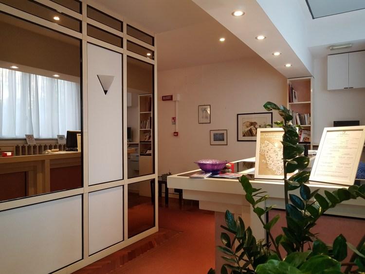 reception-hotel-nettuno-porto-san-giorgio