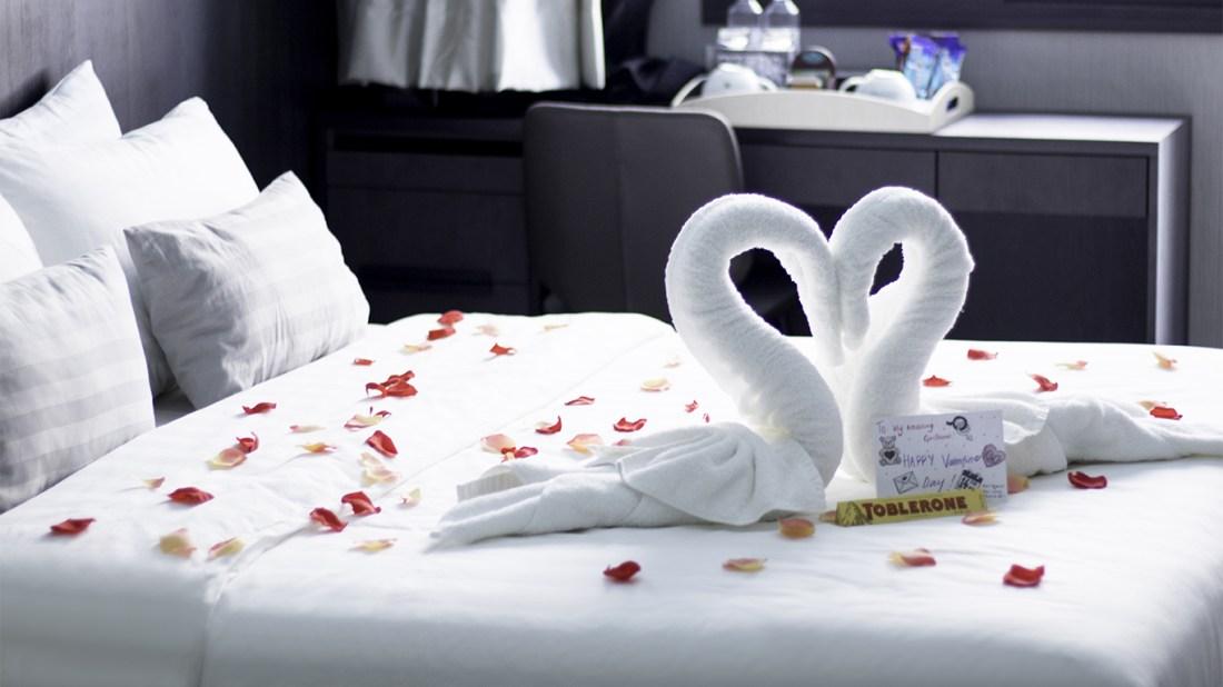 Hotel Room Decorations for honeymoon Singapore