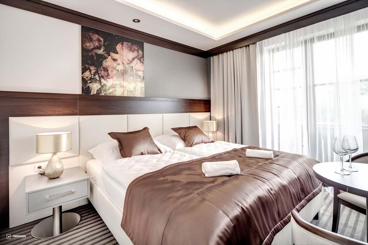 Hotelovy nabytok a interier hotelova izba