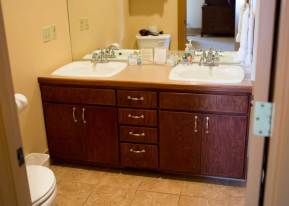 Room 8 bathroom