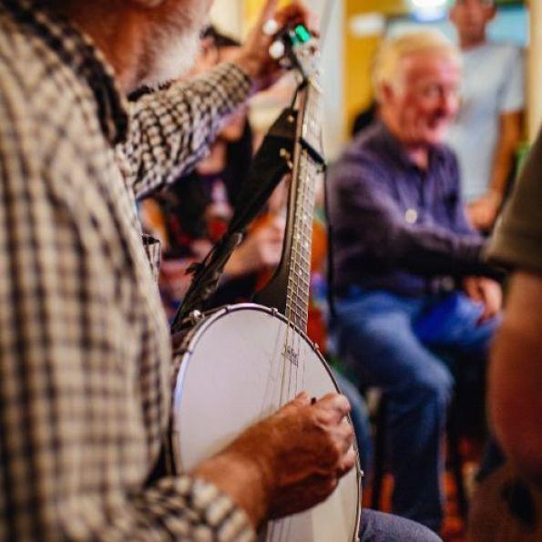 Traditional Irish music at Cobbler's Bar, Wyatt Hotel, Westport.