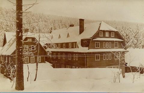 1935_3