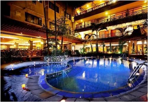 Hotel Murah di Pasteur Bandung dengan Kolam Renang